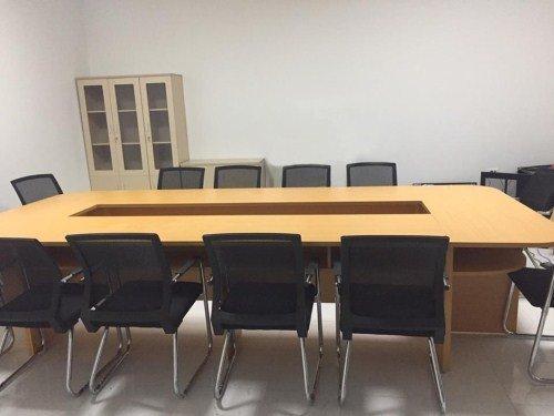 Thanh lý bàn ghế văn phòng ở Đào Tấn, Ba Đình